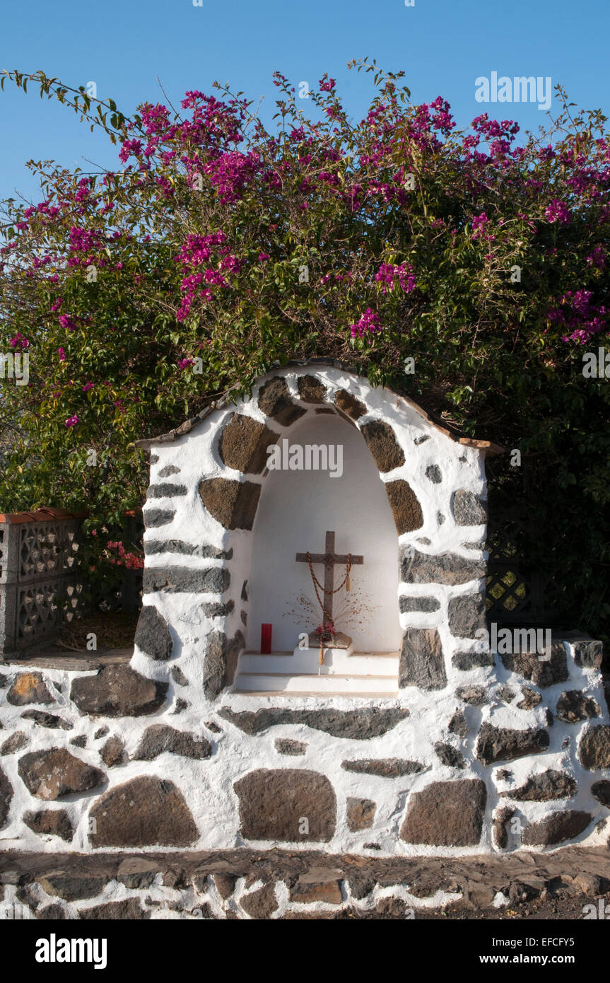 Small chapels are quite common in the rural area of  La Palma.  Im ländlich geprägten La Palma stehen - Stock Image