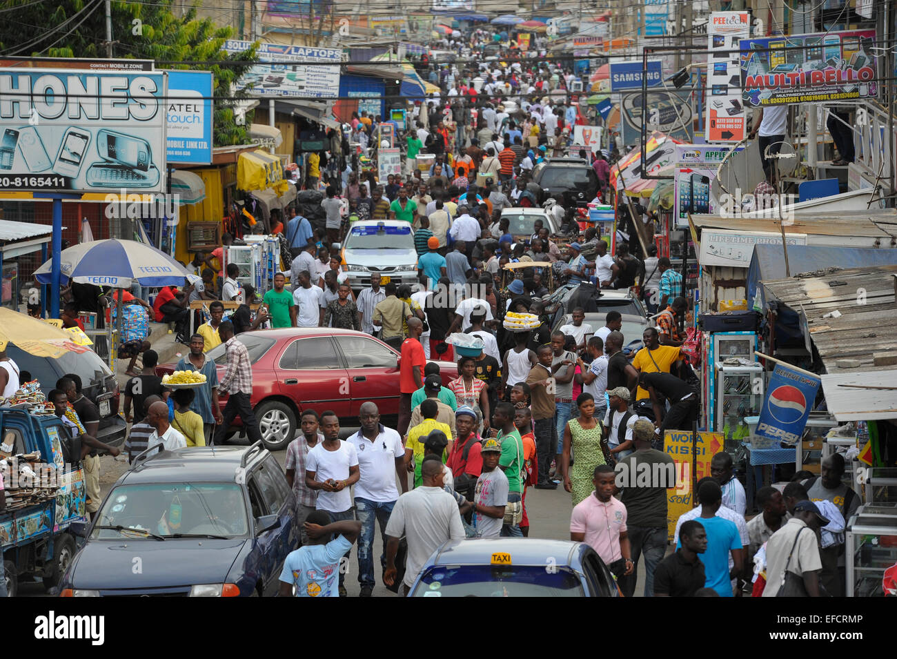 Main shopping district in downtown Accra, Ghana, West Africa. - Stock Image