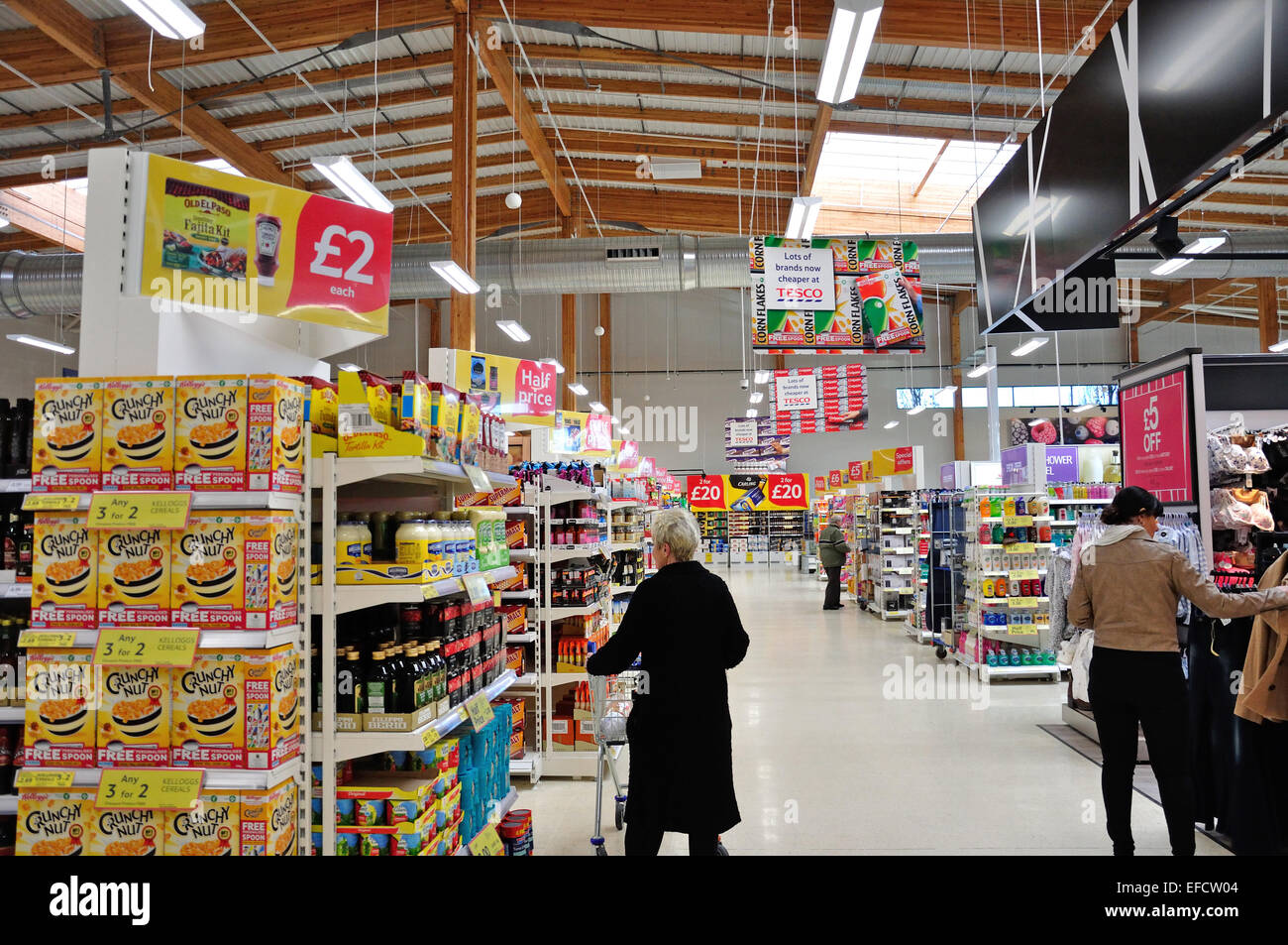 Interior of Tesco Supermarket Taplow, The Bishop Centre, Taplow, Buckinghamshire, England, United Kingdom - Stock Image