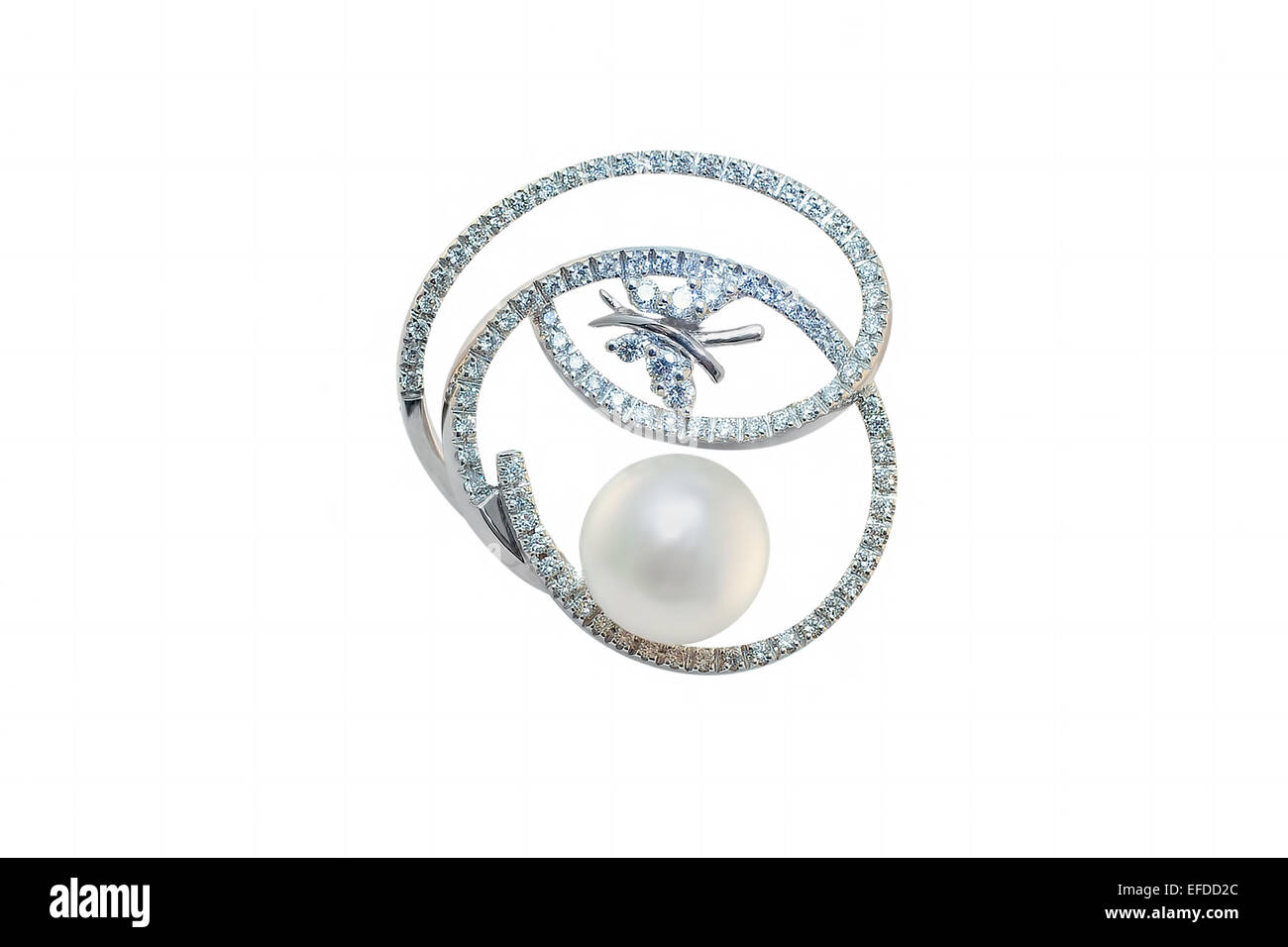 golden brooch with pearl and diamonds - Stock Image