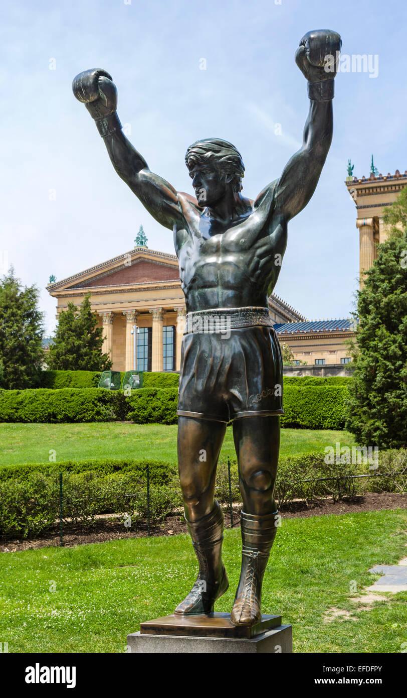 Statue of Syvester Stallone as Rocky outside the Philadelphia Museum of Art, Fairmount Park, Philadelphia, Pennsylvania, - Stock Image