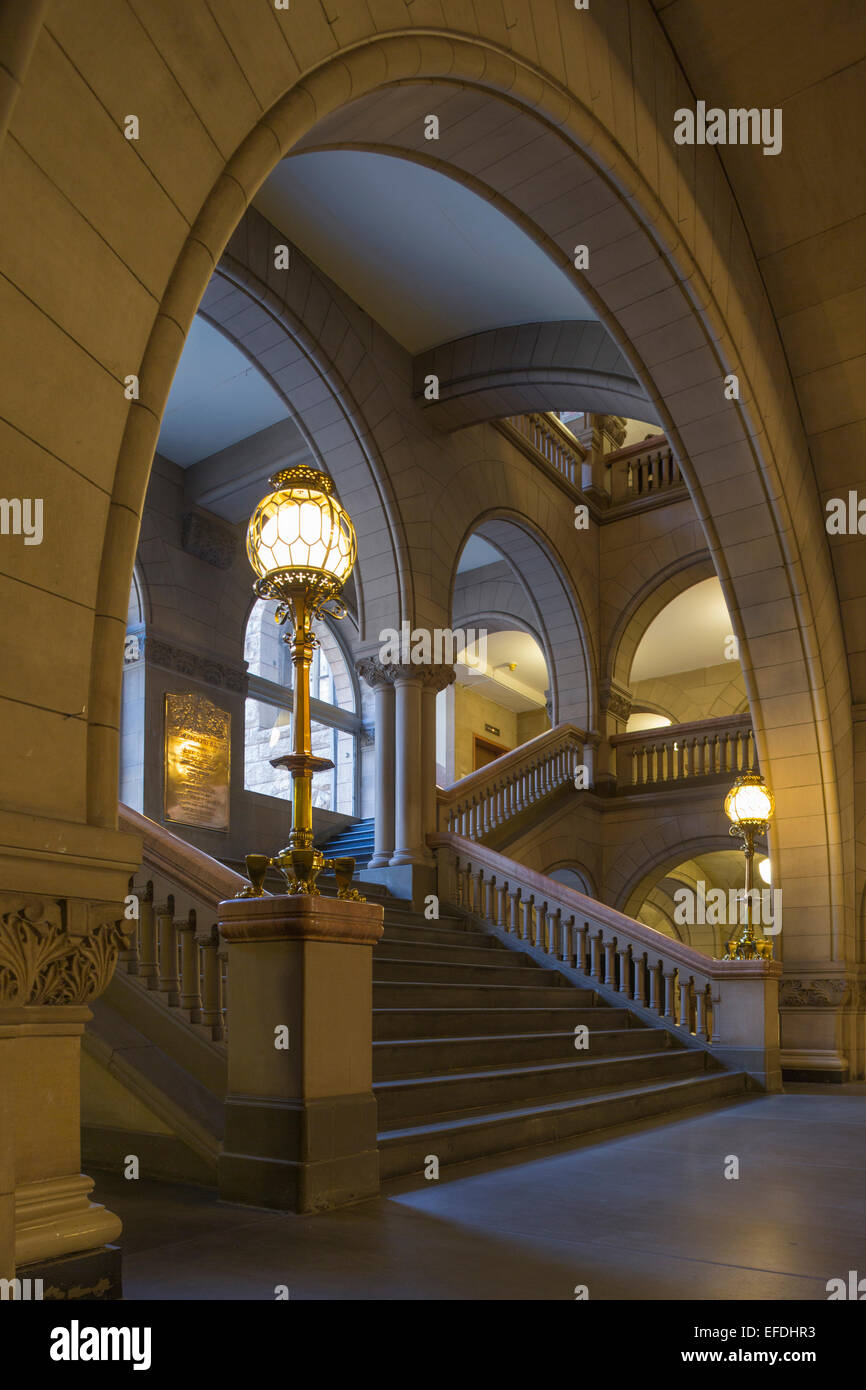 ARCHWAYS STAIRCASE ALLEGHENY COUNTY COURTHOUSE DOWNTOWN PITTSBURGH PENNSYLVANIA USA Stock Photo