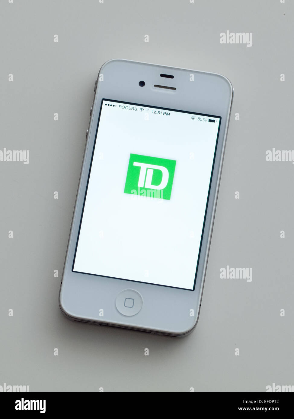 A view of the logo and homescreen of the TD Bank mobile