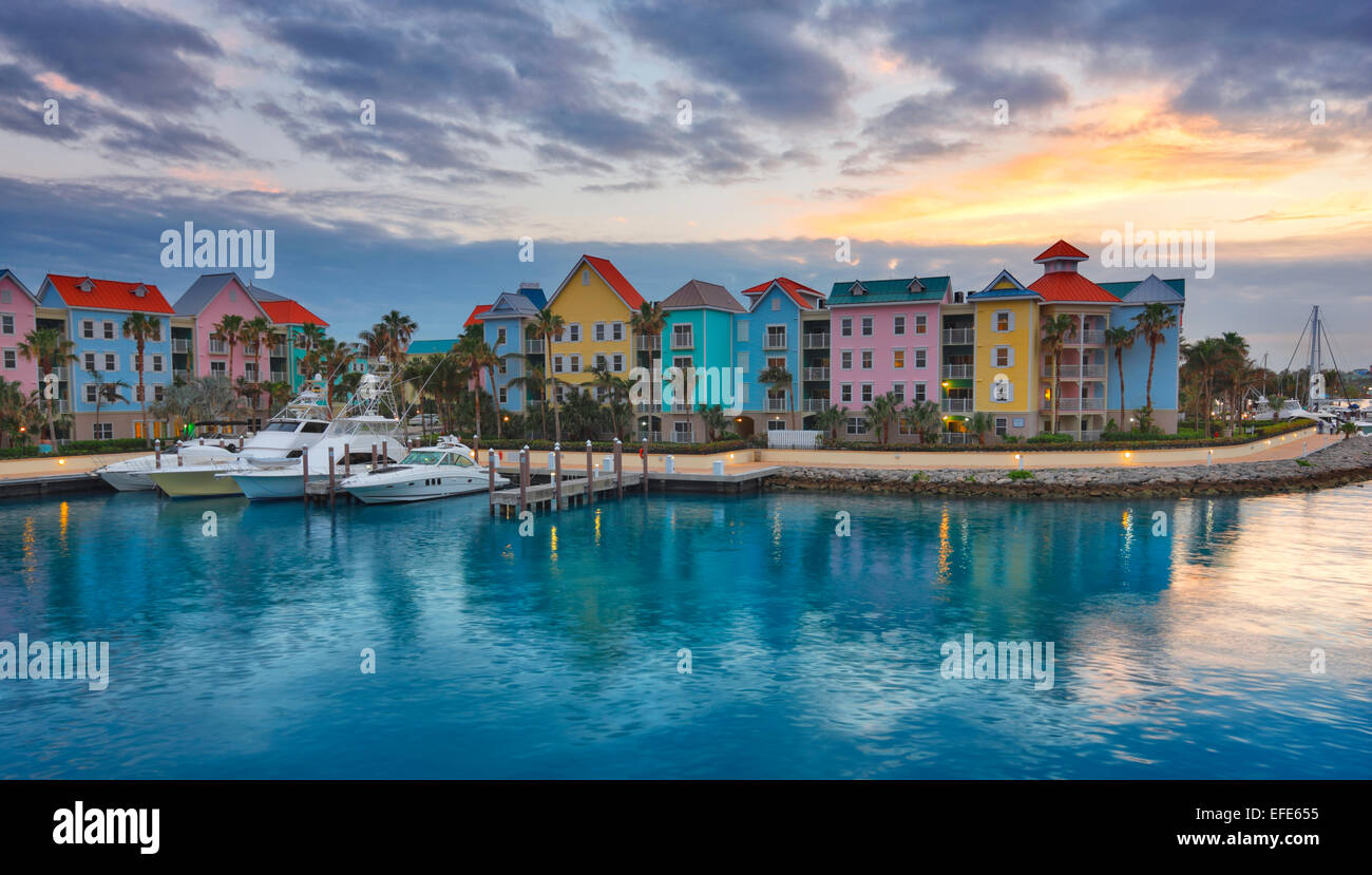 Bahamas, Nassau - sunset over Paradise island - Stock Image