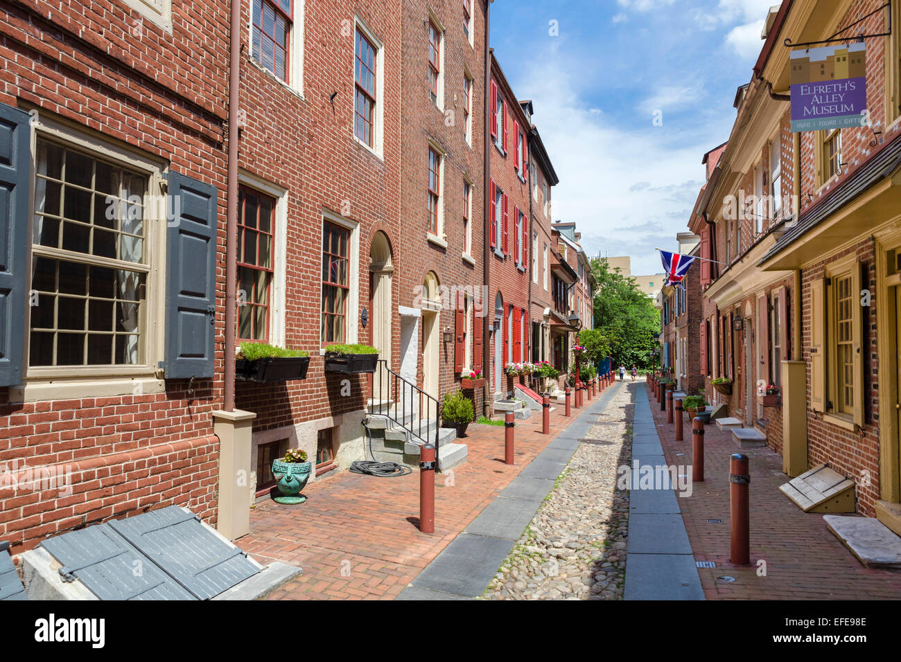 historic elfreth s alley in the old city district