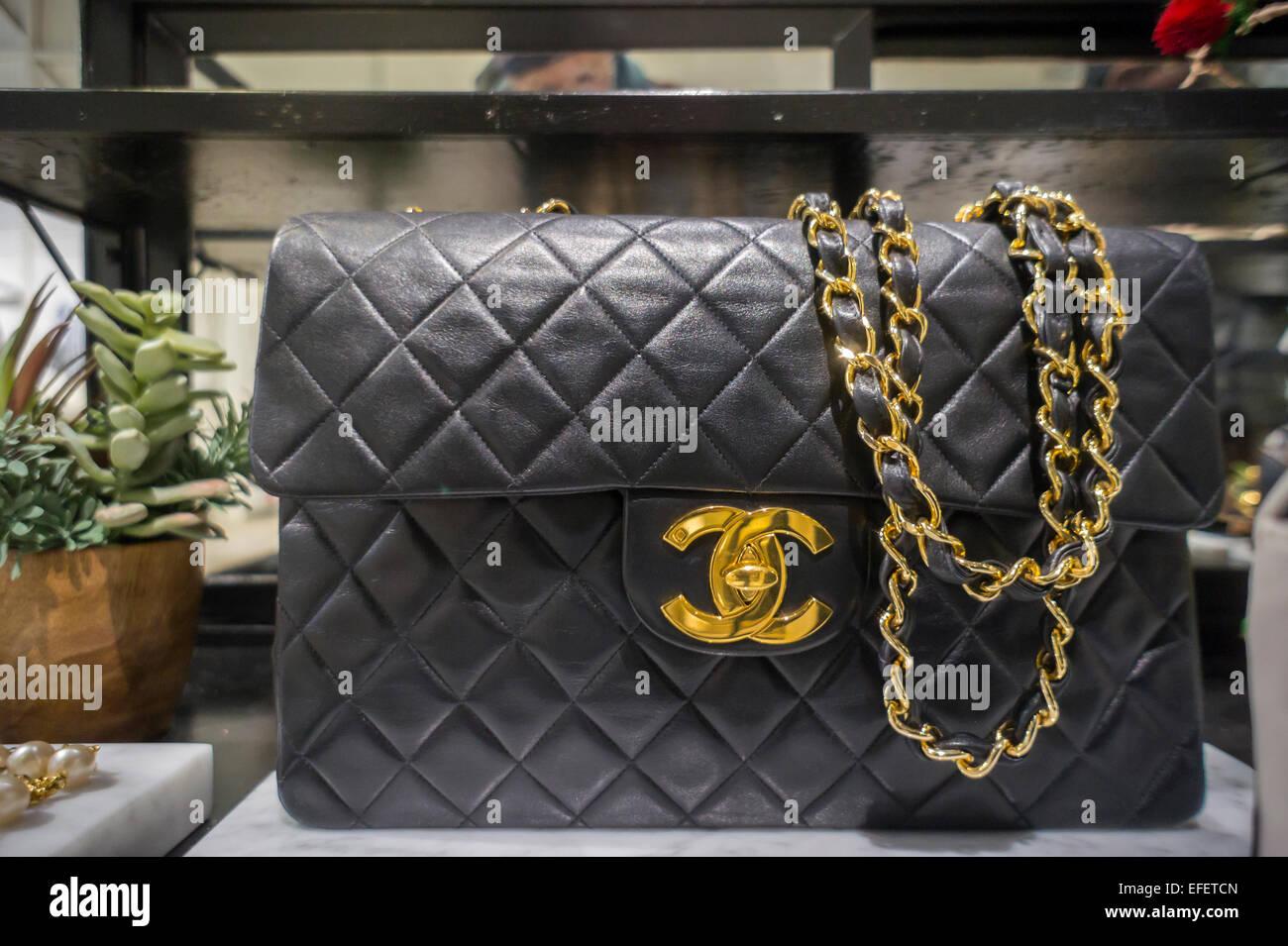 02cfd8b075e9 Chanel Bag Stock Photos   Chanel Bag Stock Images - Alamy