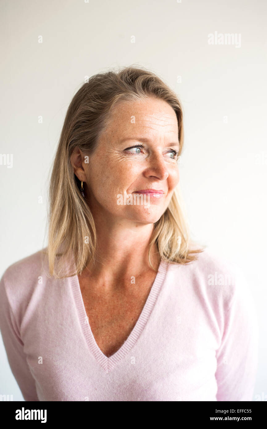 Female mature teacher — photo 4