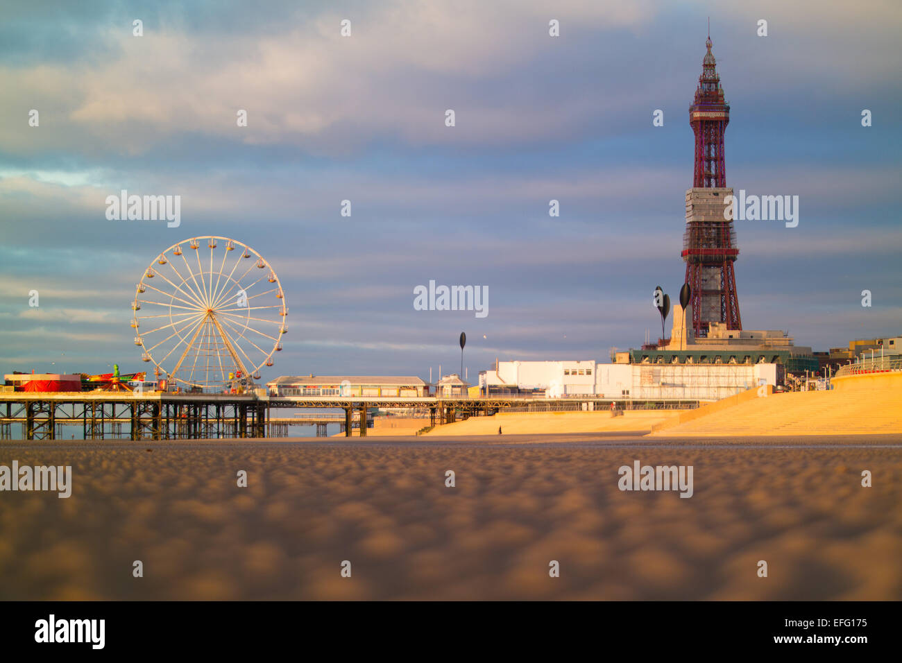 Blackpool, UK. 3rd February, 2015. UK weather news.  A fine and dry evening in Blackpool, calm and cold with a bright - Stock Image