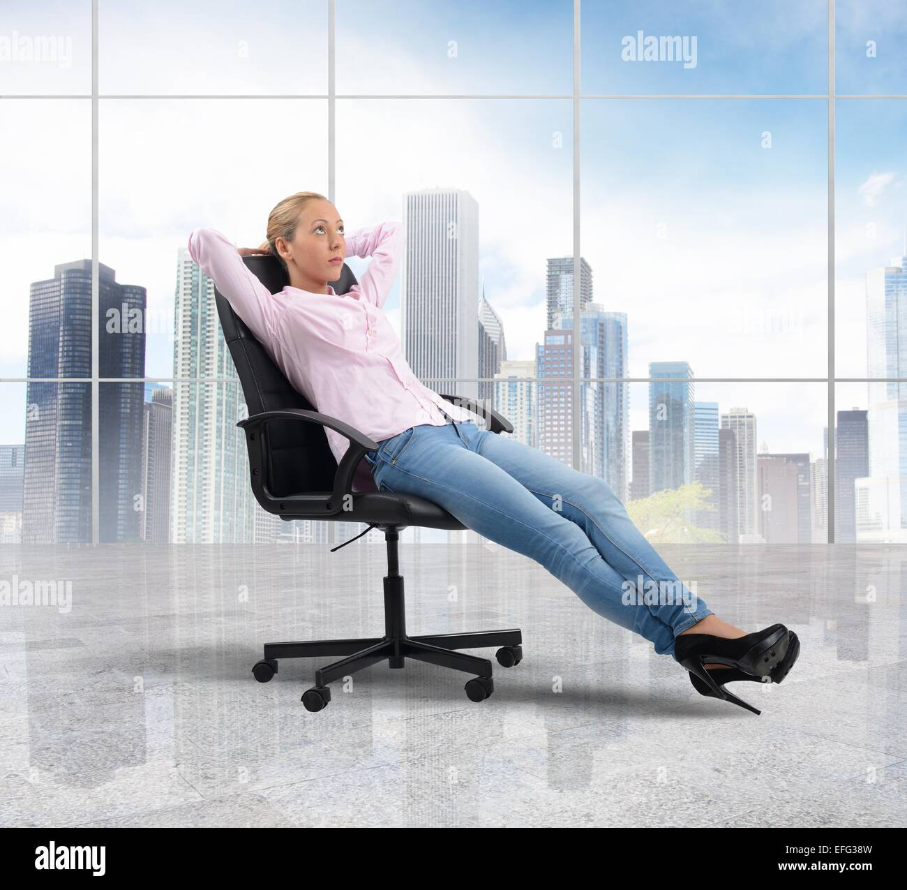 Businesswoman relaxes - Stock Image