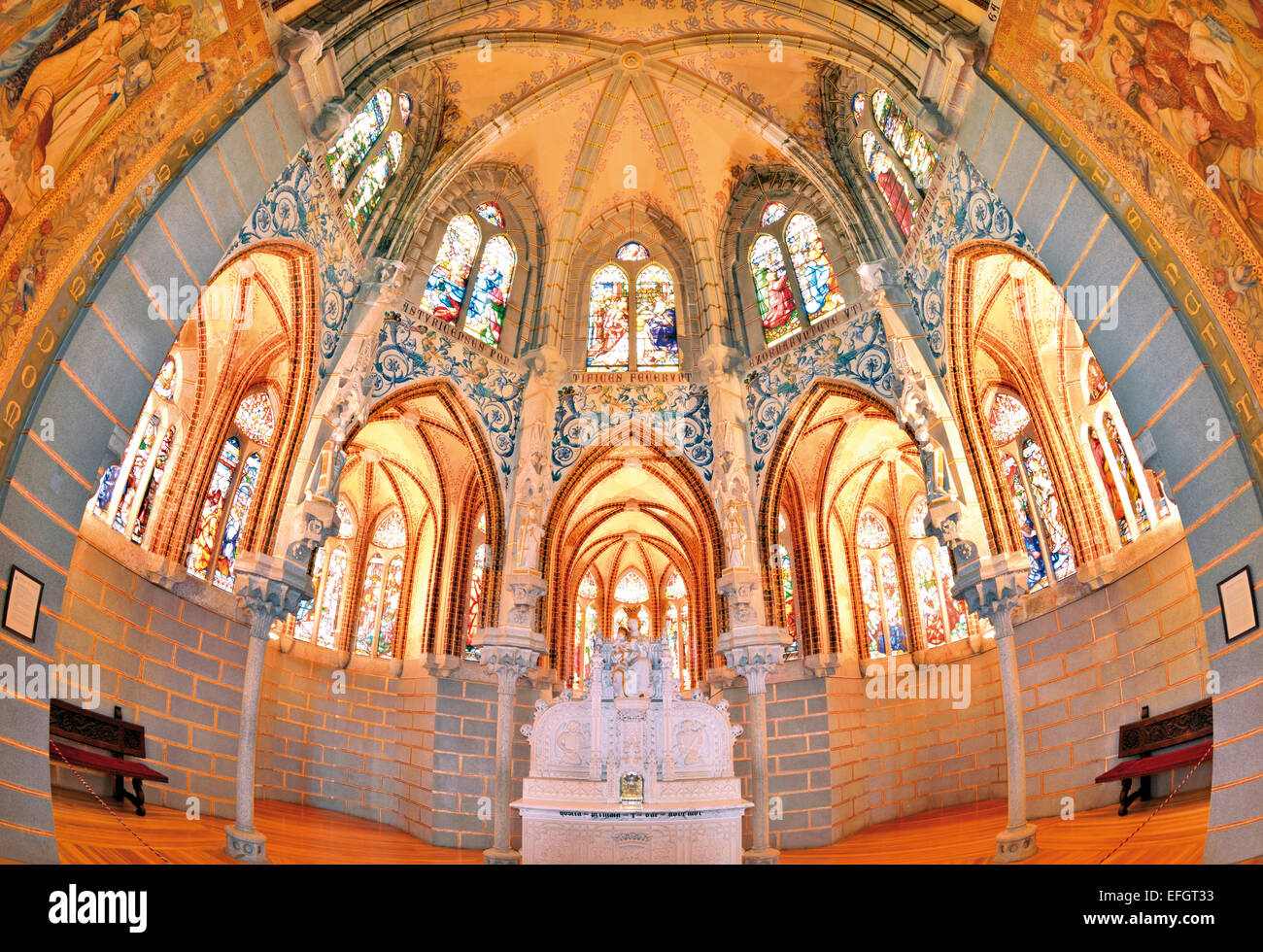 Spain, Castilla-Leon: Interior of the chapel in Gaudí´s Palacio Episcopal in Astorga - Stock Image