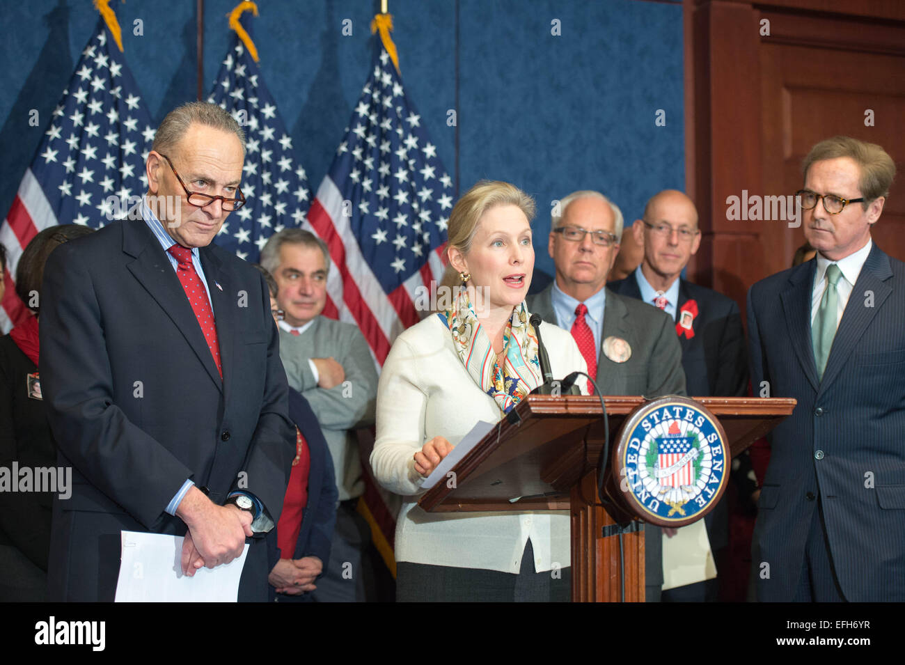 US Senator Senator Kirsten Gillibrand along with Senators Chuck Schumer and families of aviation victims launch - Stock Image