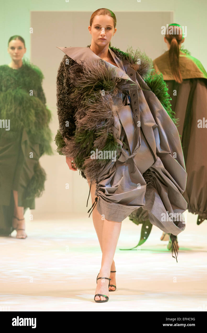 Fashion Show Models Wearing Designs By James Kelly On The Emerging Stock Photo Alamy