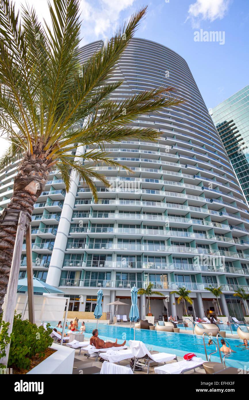 Pool area at hotel Epic, Downtown Miami, Miami, Florida, USA - Stock Image