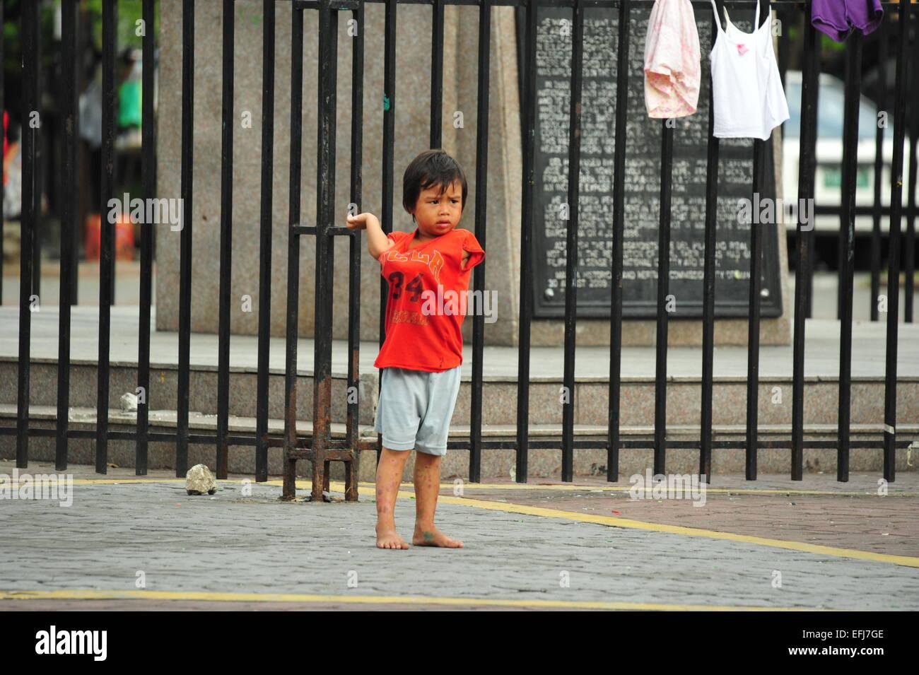 Straßenkind in Manila, Philippinen. - Stock Image