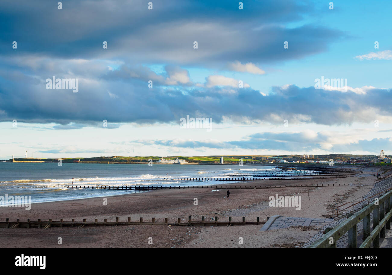 Wide shot of Aberdeen beach on a cold windy day - Scotland - Stock Image