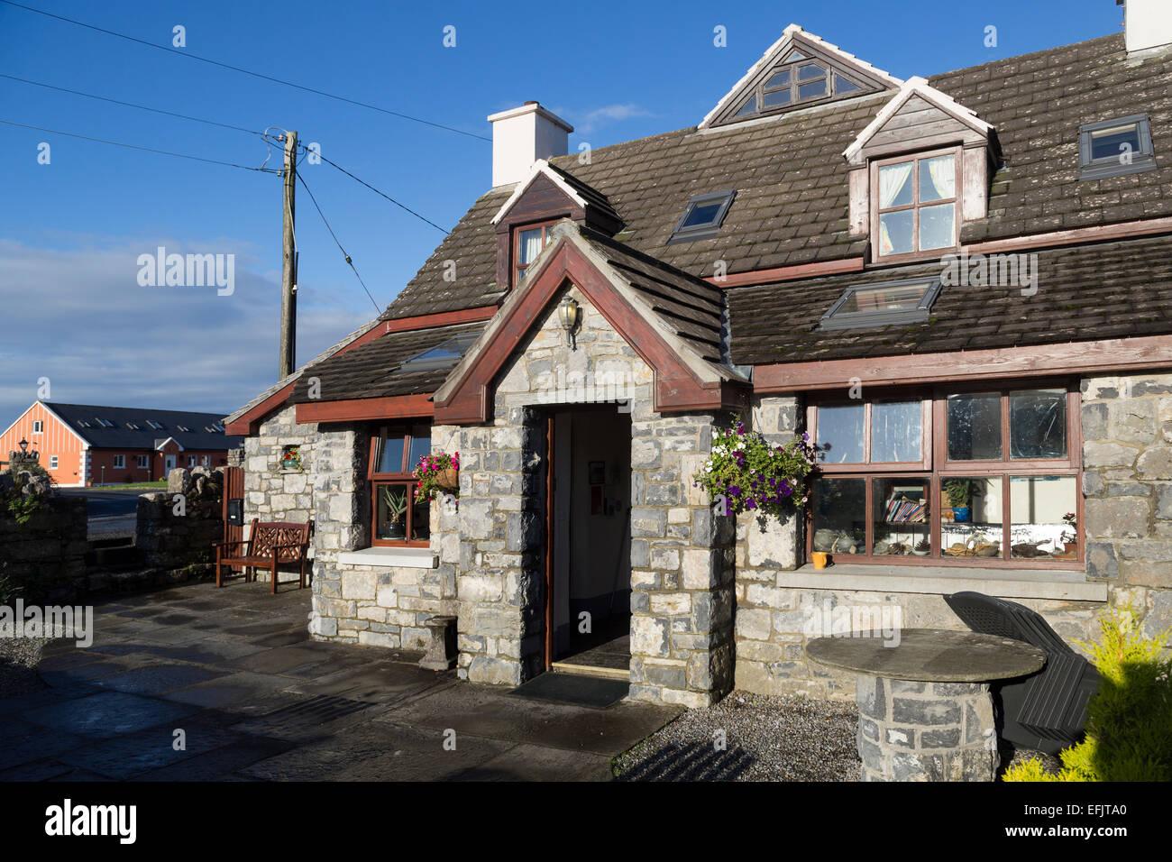 Aille River Hostel, Fitz's Cross, Doolin, Co. Clare, Ireland - Stock Image