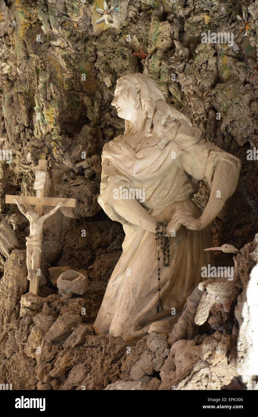 Small grotto where the Virgin Mary to pray - Stock Image