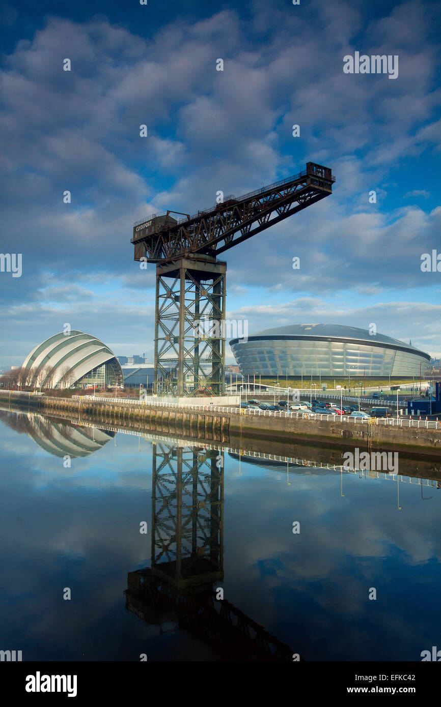 The Stobcross (Finnieston Crane), the SSE Hydro and the River Clyde, Pacific Quay, Glasgow - Stock Image