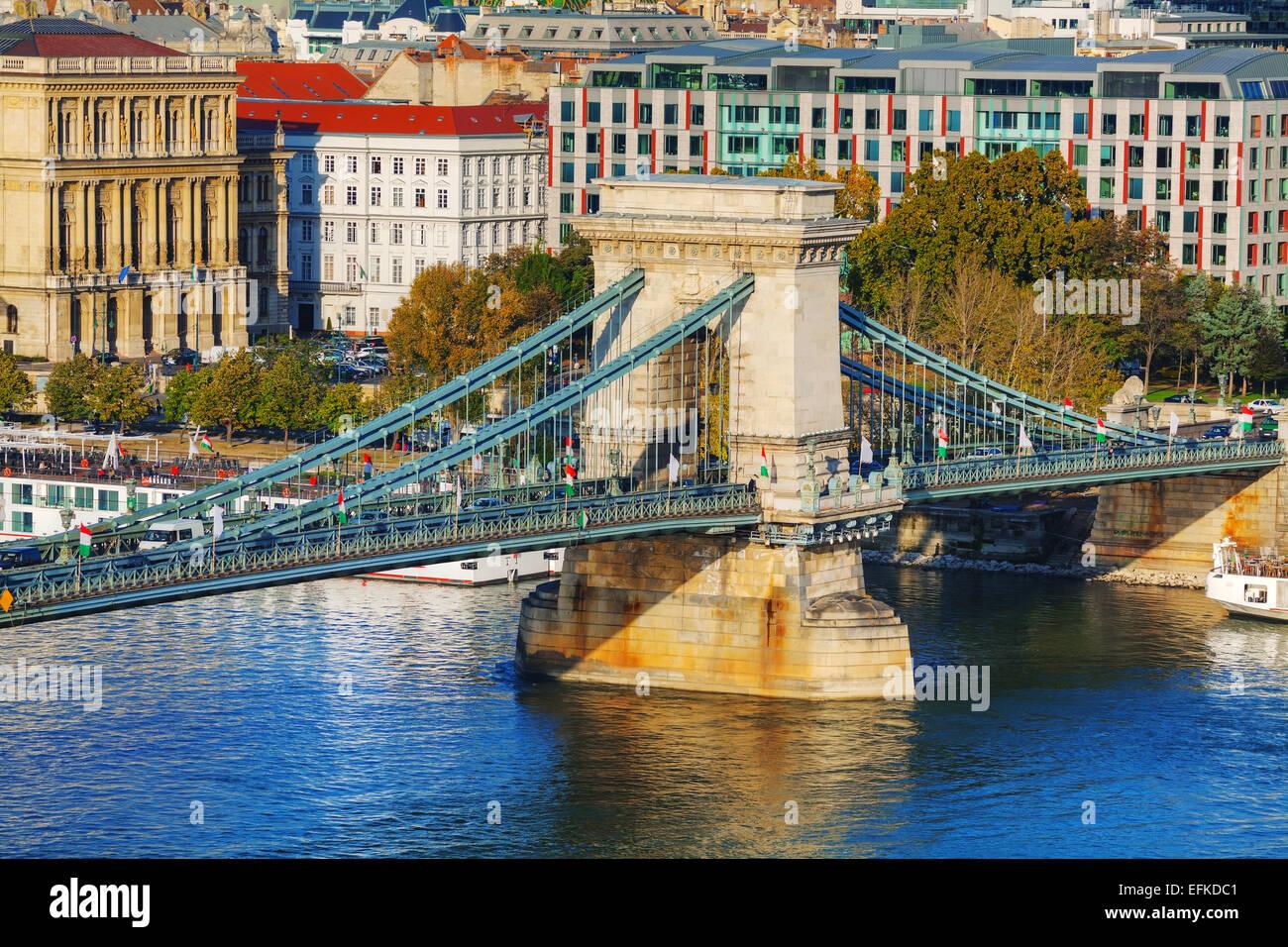 The Szechenyi Chain Bridge in Budapest, Hungary - Stock Image
