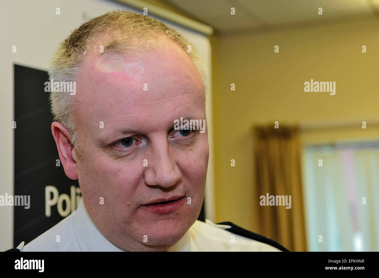 Belfast, Northern Ireland. 06 Feb 2015 - Chief Superintendent Nigel Grimshaw from the PSNI holds a press conference - Stock Image