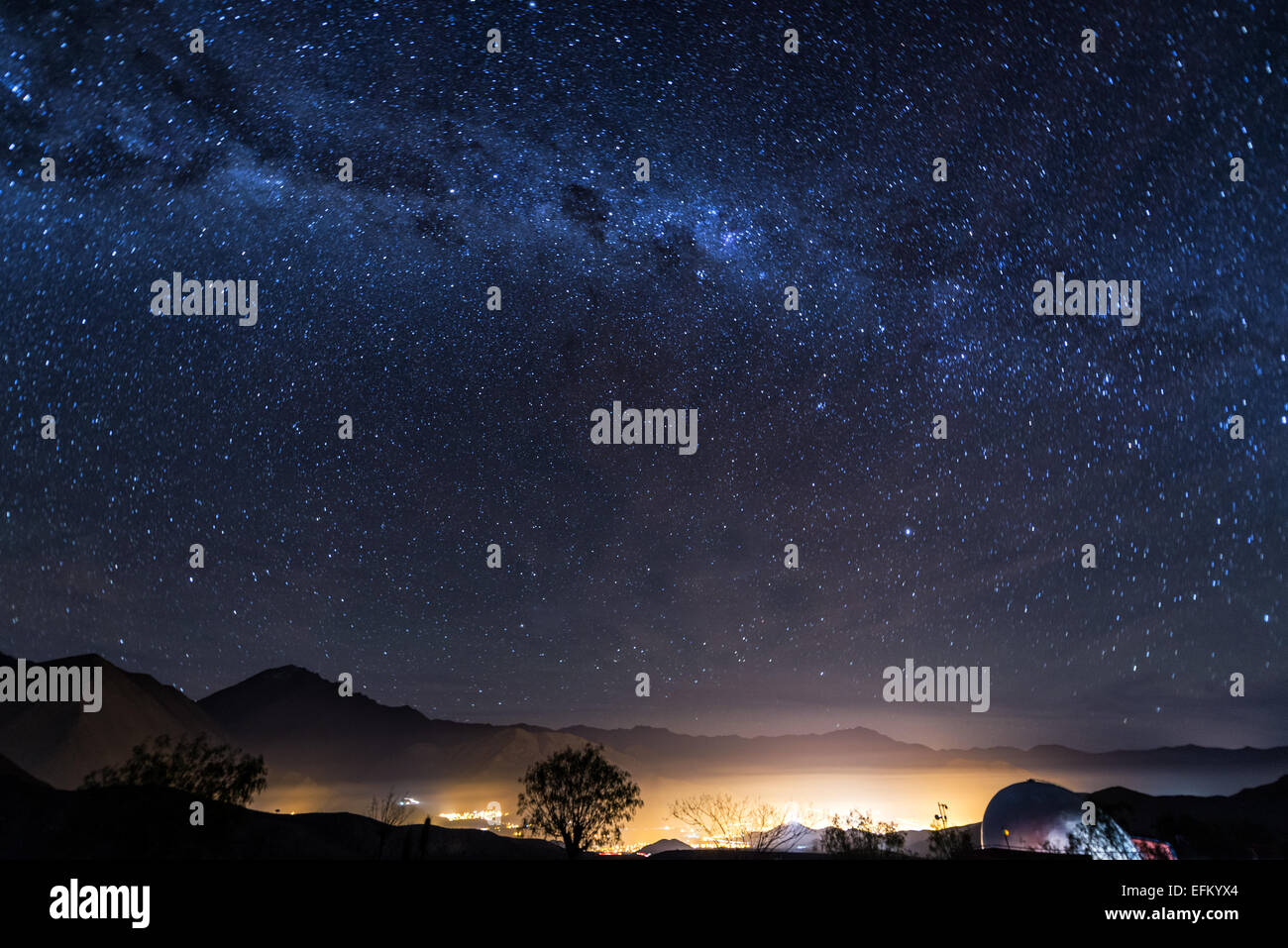 View of the Milky Way over the Elqui Valley in Chile - Stock Image