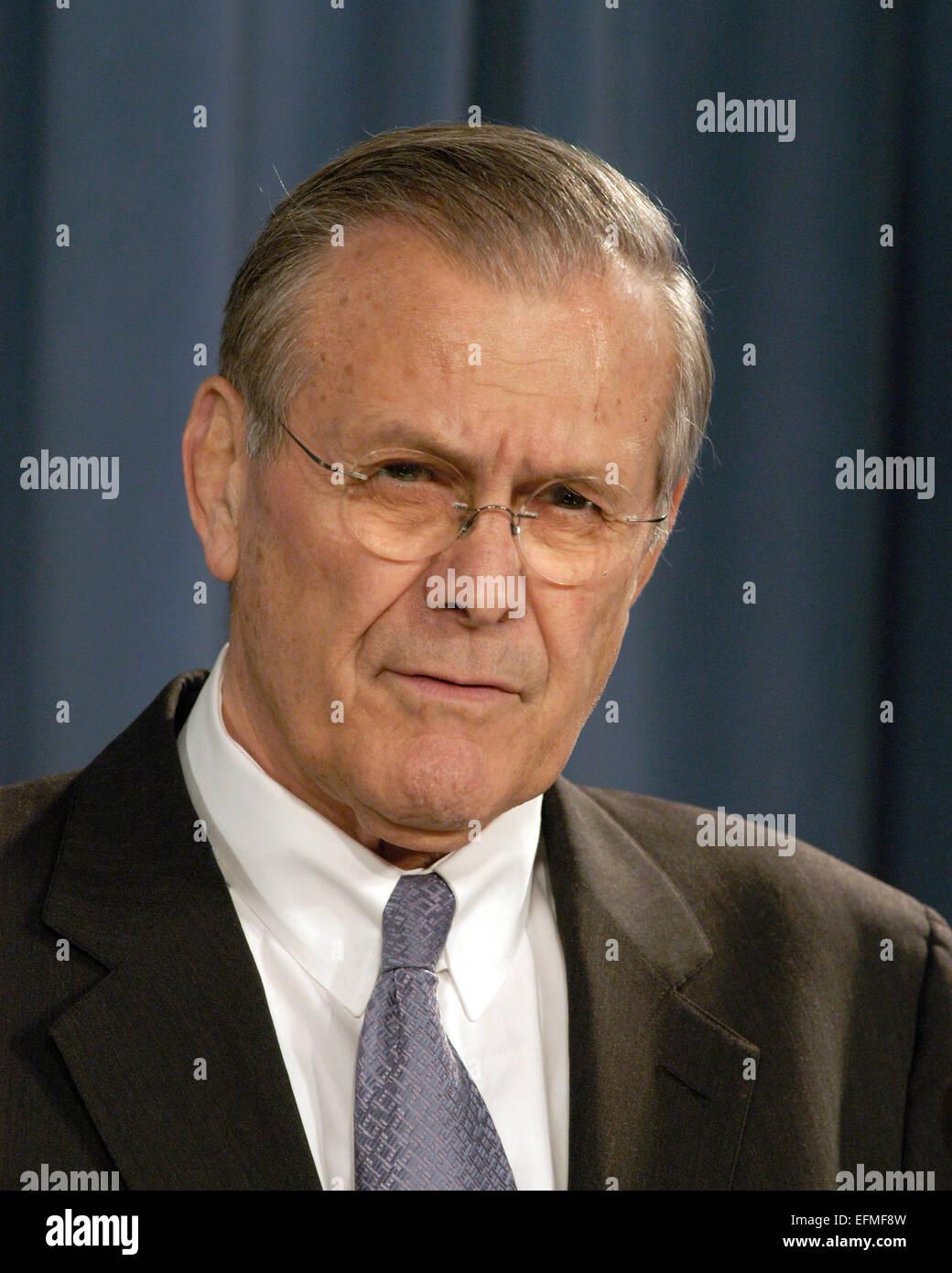 US Secretary of Defense Donald Rumsfeld during a press briefing at the Pentagon February 3, 2005 in Arlington, VA. - Stock Image