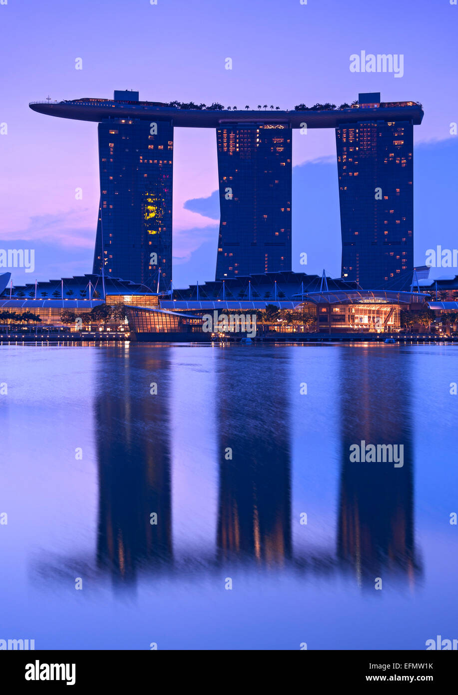 The Marina Bay Sands Hotel in Singapore at dawn. - Stock Image