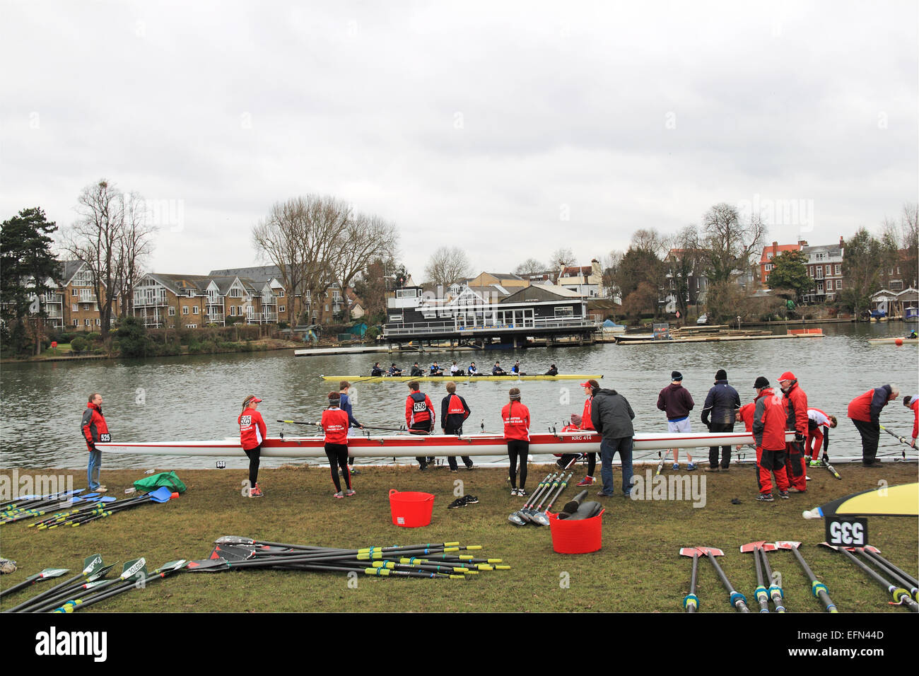 Kingston Rowing Club W.J18A.4x- prepare to launch. Hampton Head (Junior 4s and 8s) rowing event.  River Thames, - Stock Image
