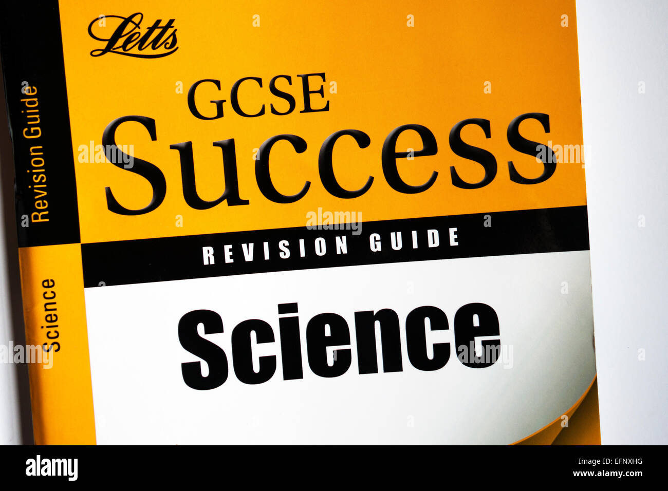 gcse science revision book - Stock Image