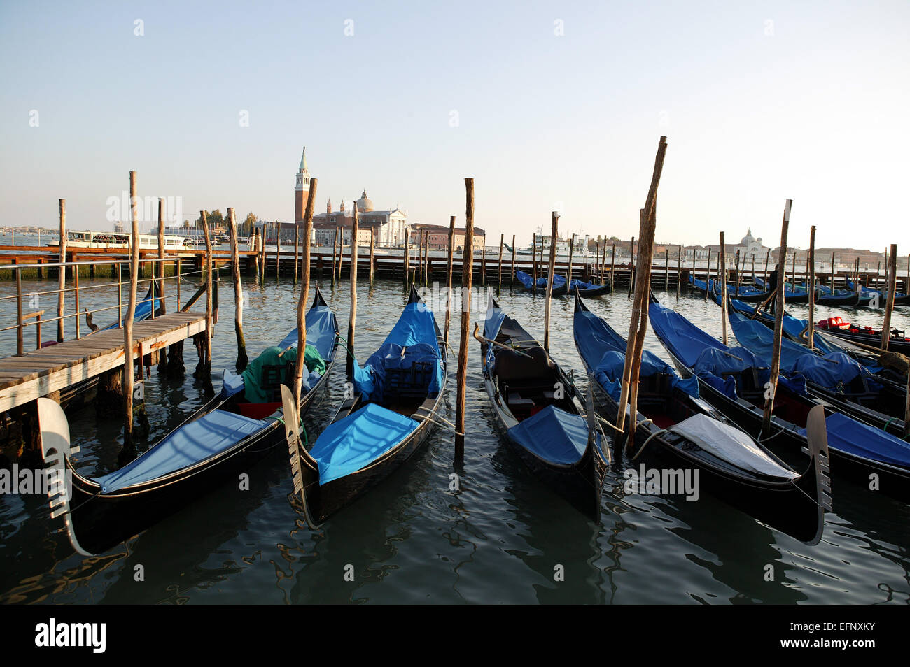 Italien Lagune Venedig Canale Grande Gondeln Kanal Europa Sueden Stadt Sehenswuerdigkeit Reisen Tourismus Ausflugsziel - Stock Image