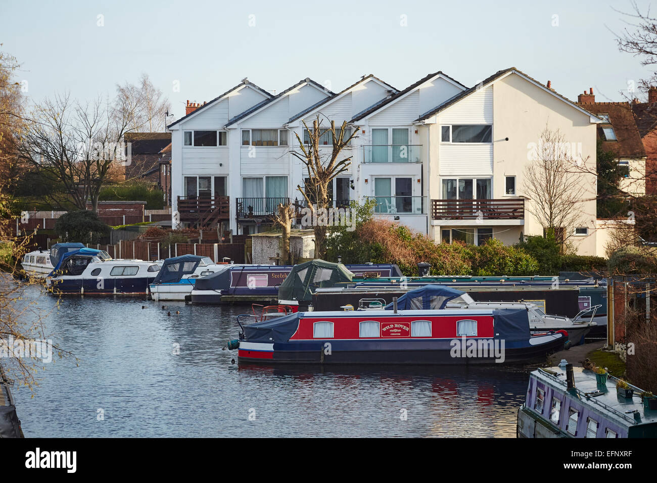 Stockton Heath civil parish suburb of Warrington, Cheshire, England UK . Housing and morings on the Bridgewater - Stock Image
