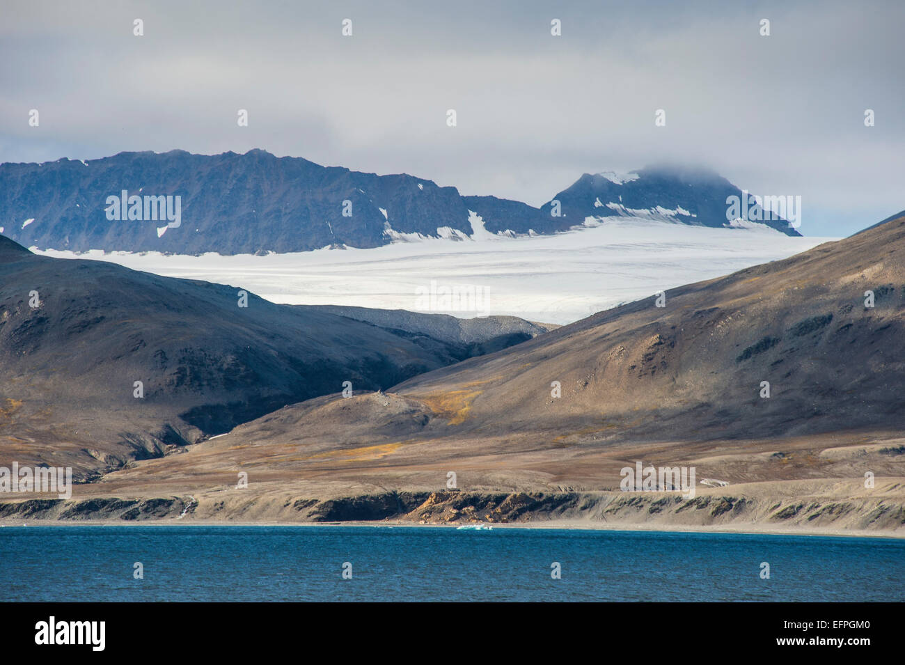 Huge glacier on Alkhornet, Svalbard, Arctic - Stock Image