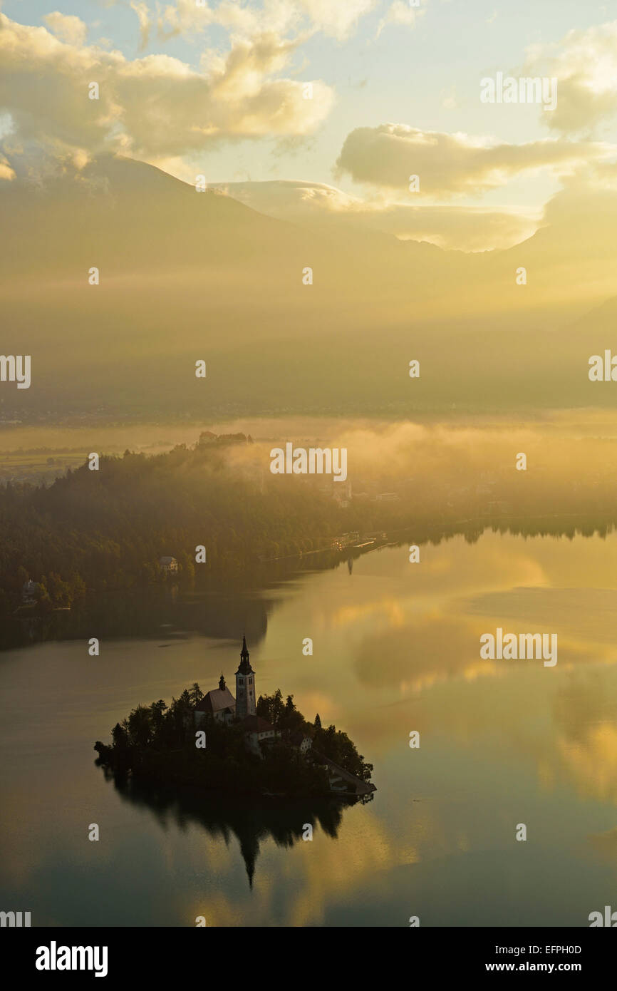 Lake Bled (Blejsko jezero), Bled, Julian Alps, Slovenia, Europe - Stock Image