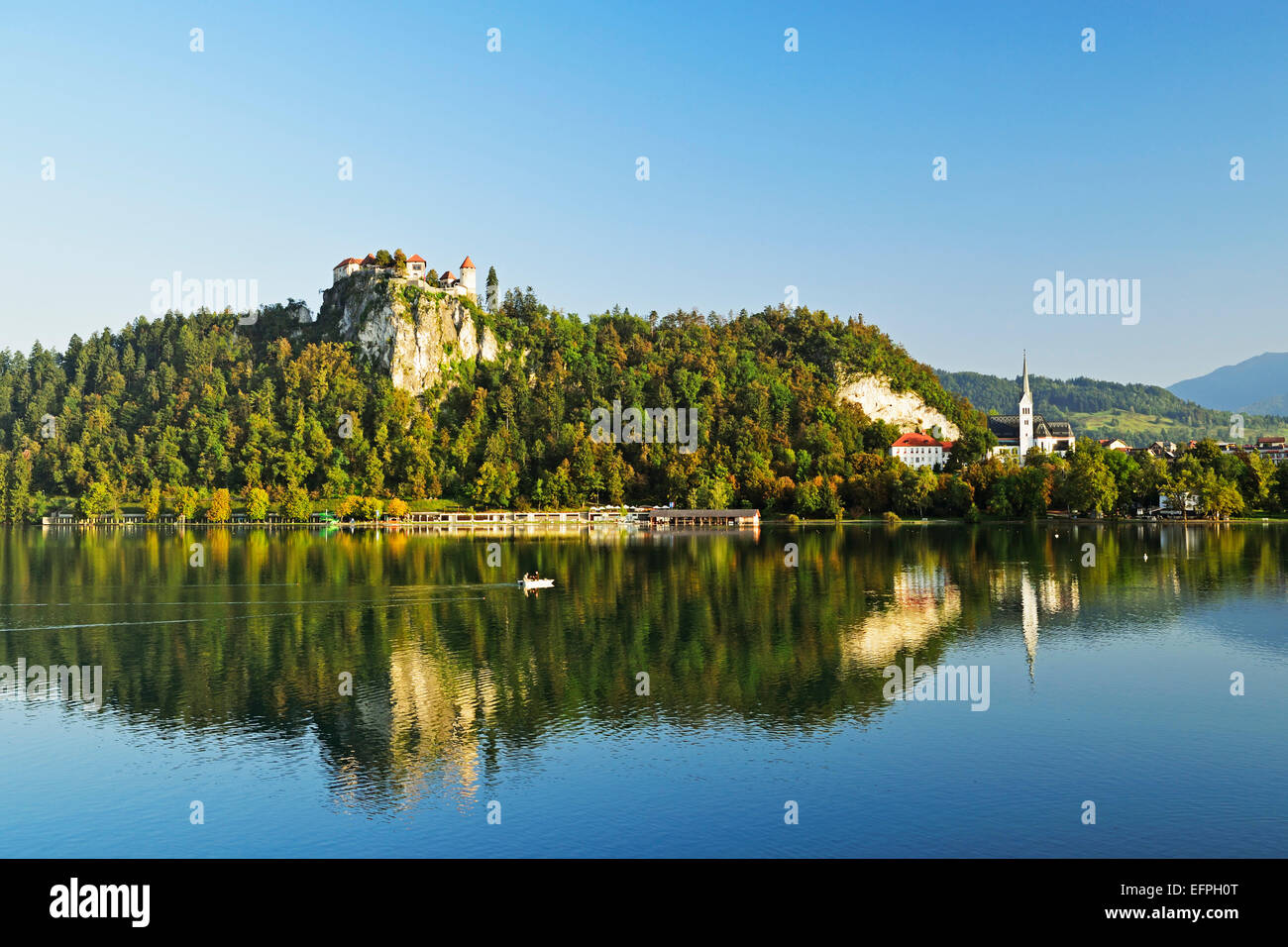 Bled castle, Lake Bled (Blejsko jezero), Bled, Julian Alps, Slovenia, Europe Stock Photo