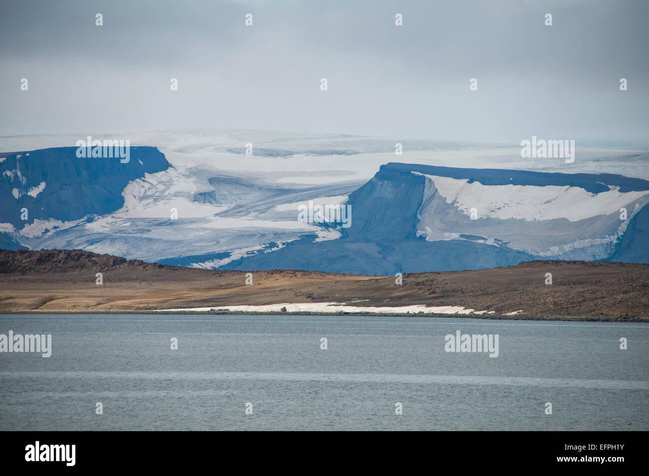 Huge glacier in Bjornsund, Svalbard, Arctic - Stock Image
