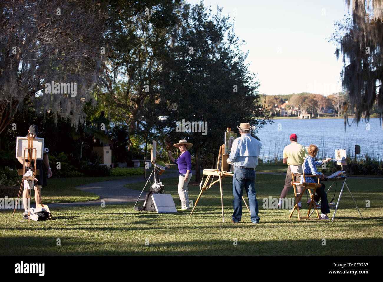Group of plein-air painters in Albin Polasek Museum and Sculpture Garden, Winter Park, Florida, USA - Stock Image