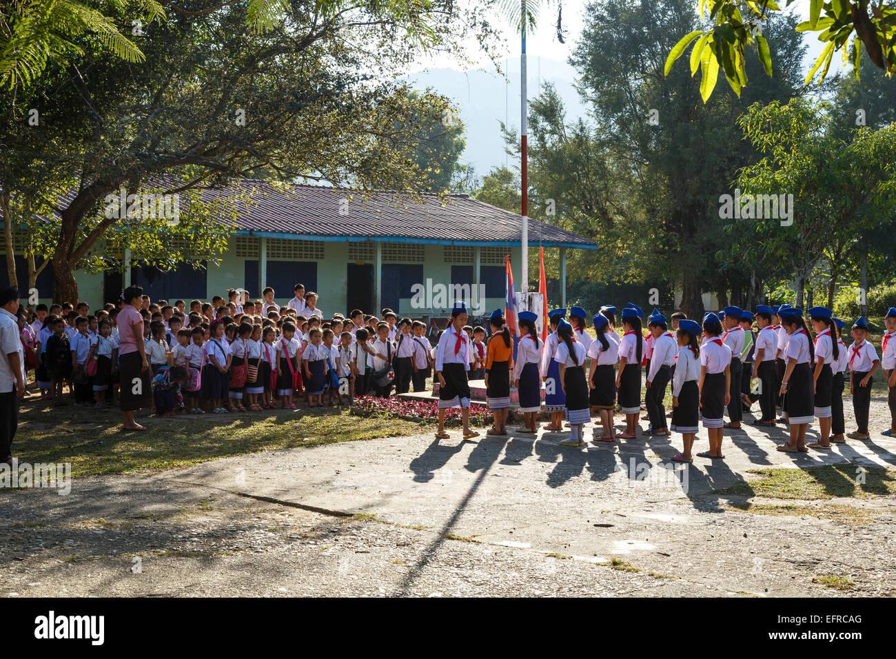 School children, Vang Vieng, Laos. - Stock Image