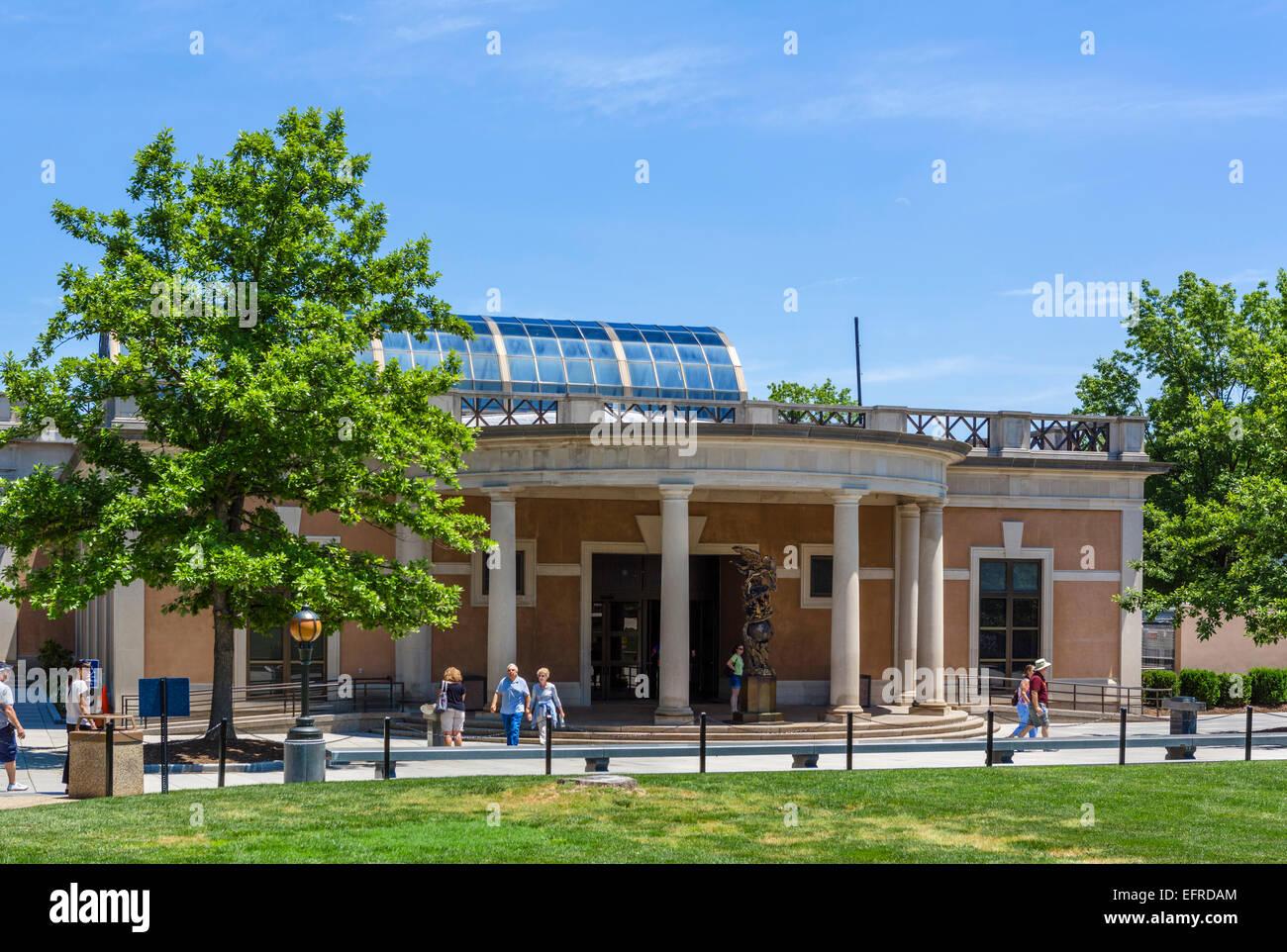 The Visitor Center at Arlington National Cemetery near Washington DC, Arlington, Virginia, USA - Stock Image