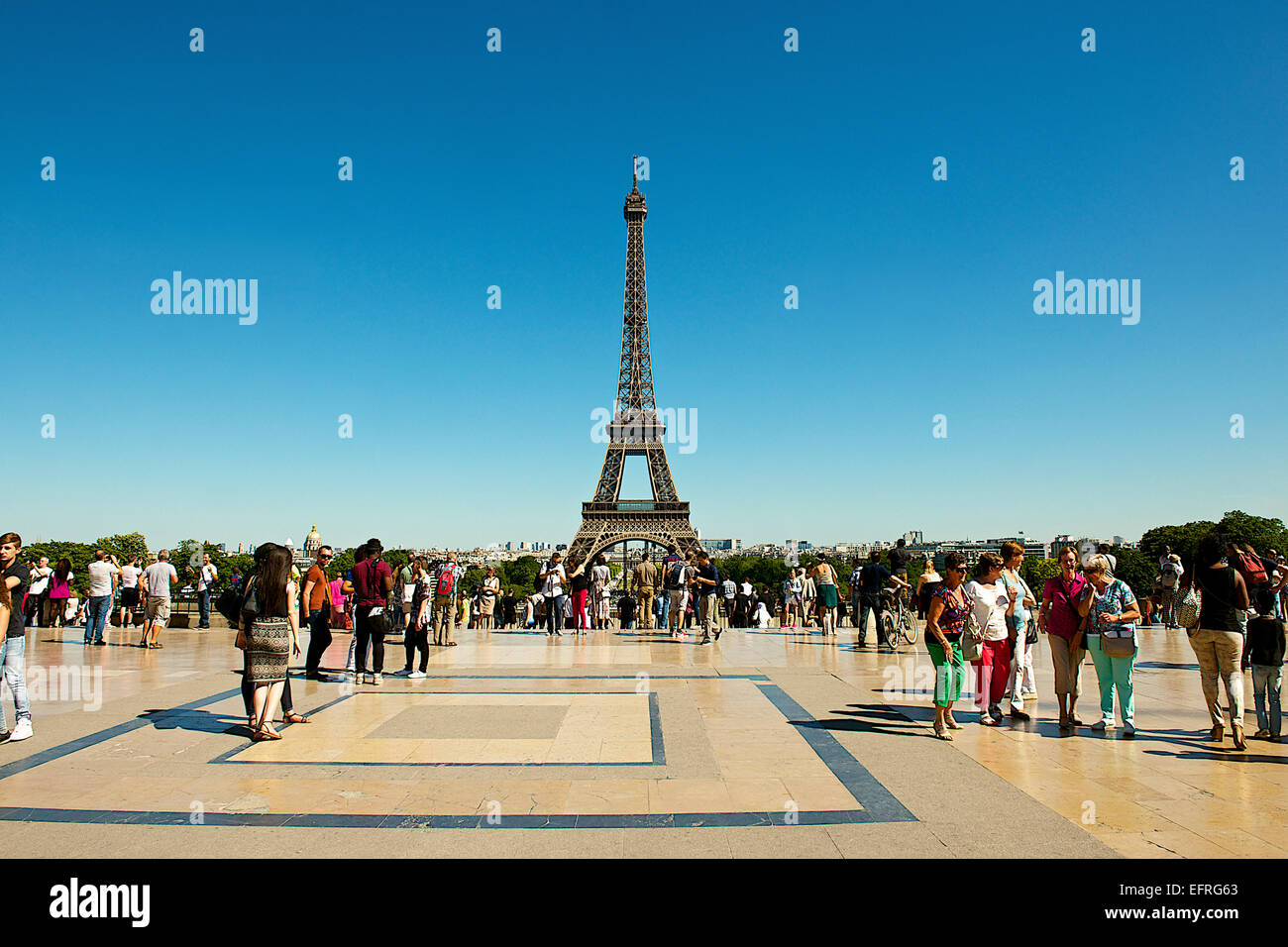 Eiffel Tower and Tourists, Paris, France - Stock Image