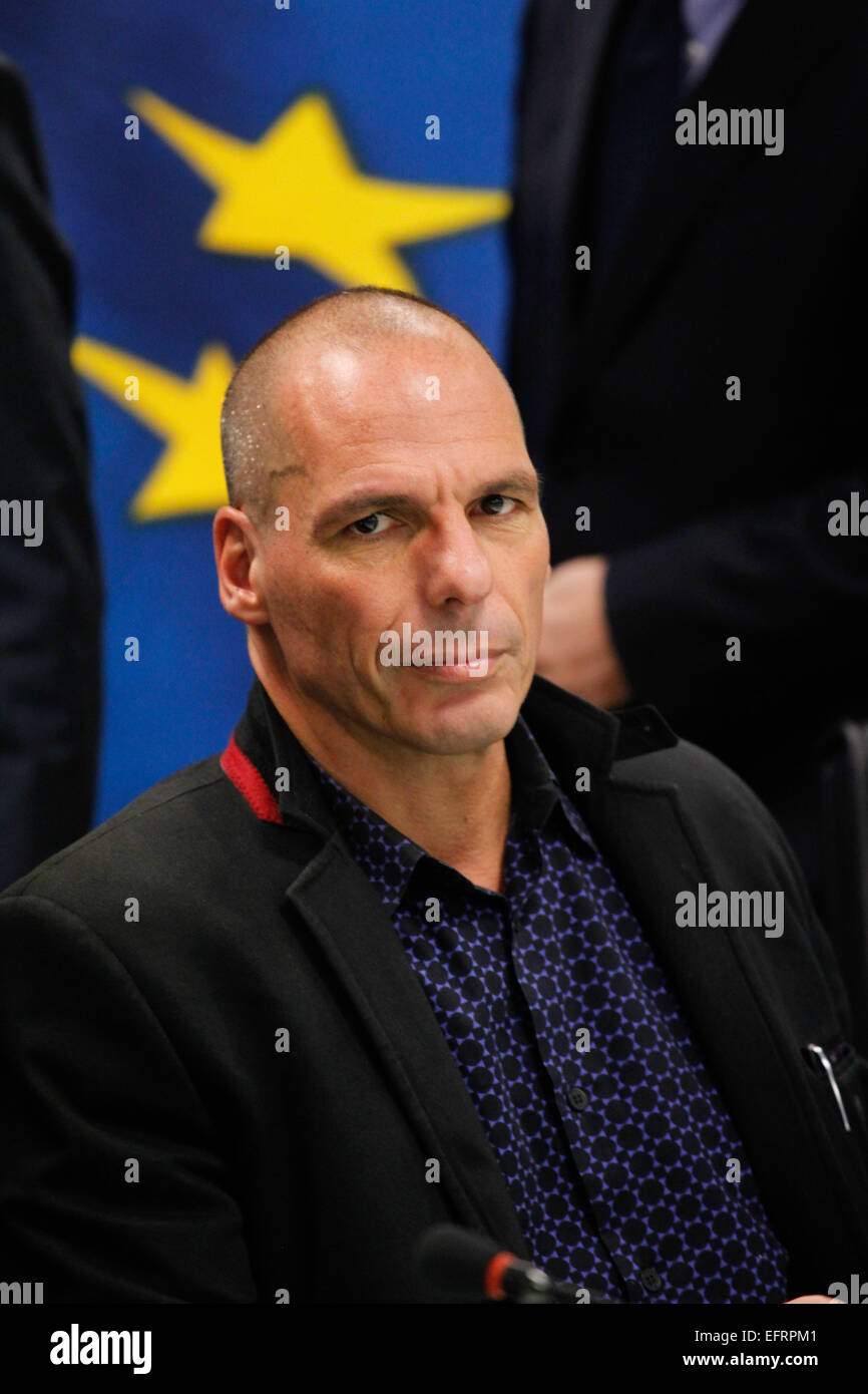 Greece's new Finance Minister Yanis Varoufakis makes statements during a handover ceremony at the Finance Ministry - Stock Image