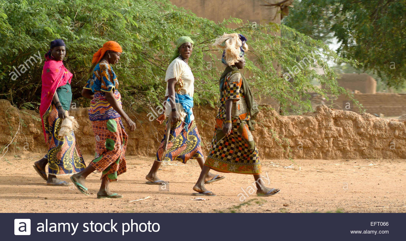 Republic Of Niger NER Western Africa Sahara Desert 2007 People Person Farming Agriculture Red - Stock Image