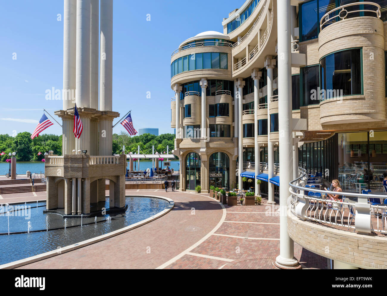 Waterfront Cafes And Restaurants In The Washington Harbor