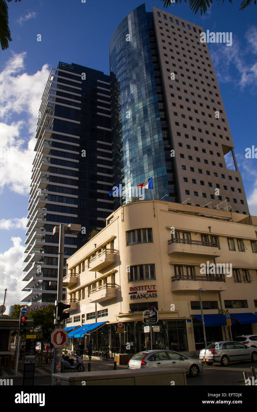 Tel Aviv, Israel- December 20, 2014: Old Renovated and modern Buildings in Rotshild Boulevard Of Tel Aviv. Israel - Stock Image