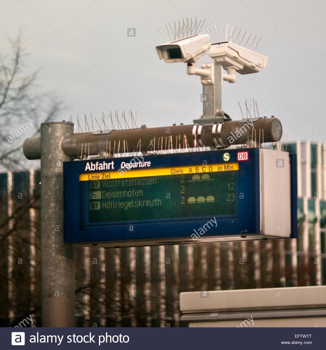 Anti Bird Spikes Stock Photos & Anti Bird Spikes Stock