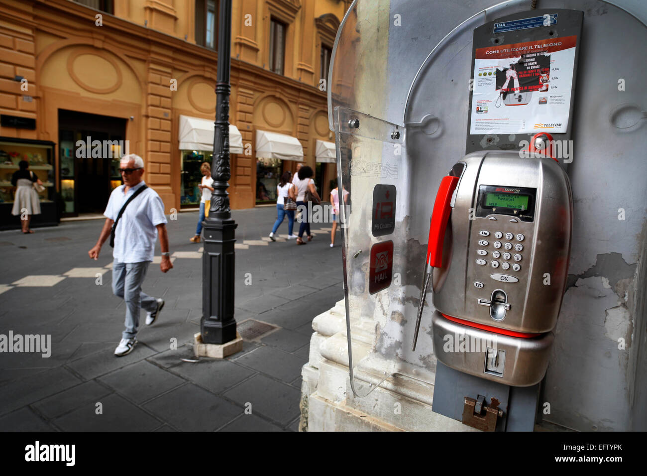 Telecom Italia payphone in Chieti, Italy. - Stock Image