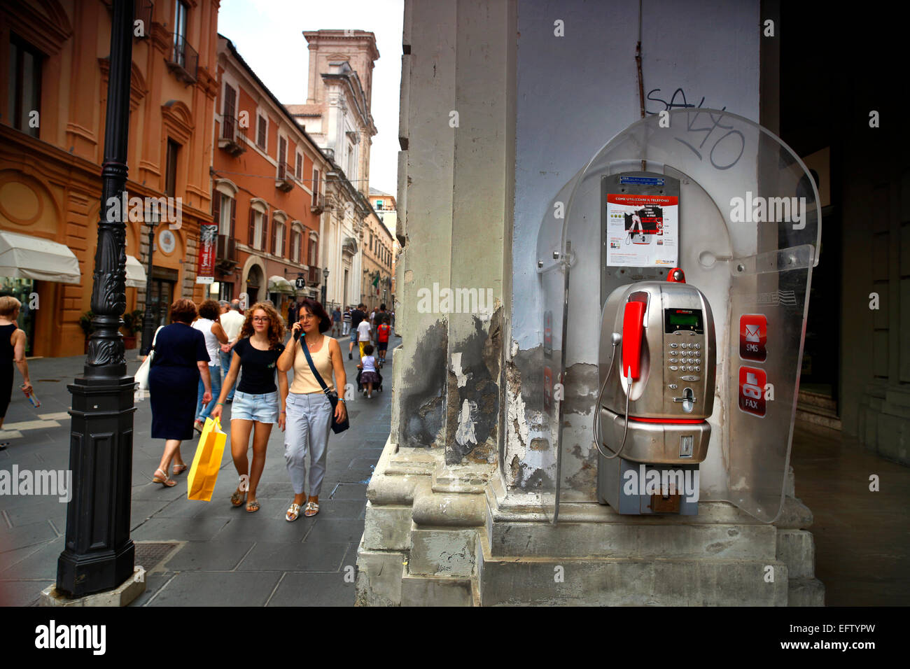 Telecom Italia payphone in Chieti, Italy. EDITORIAL USE ONLY. - Stock Image