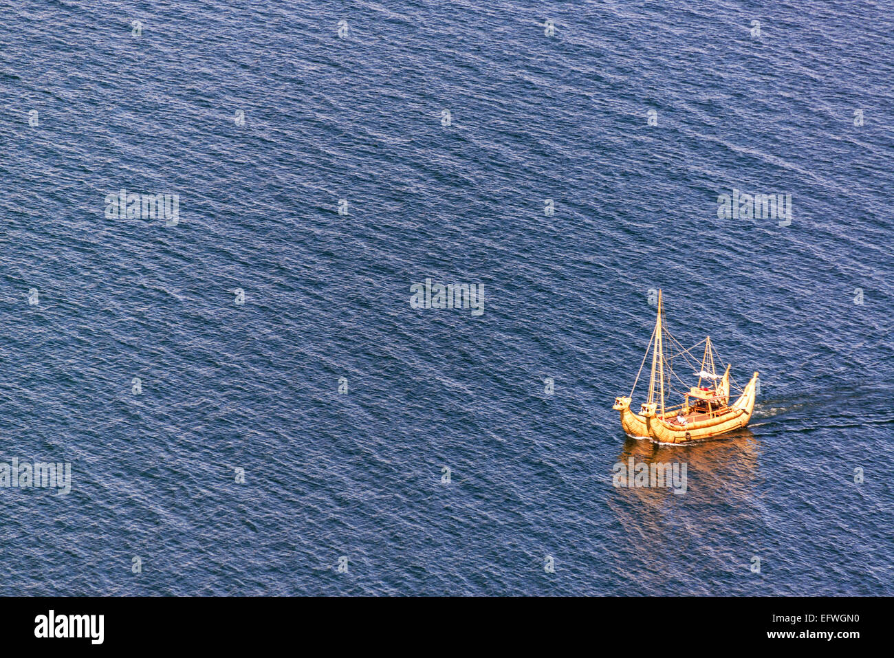 Reed boat, or totora, on Lake Titicaca near the Isla del Sol in Bolivia - Stock Image