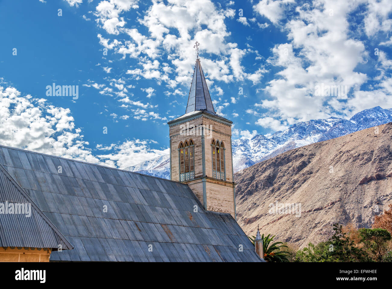 Church with Andes mountains in the background in Pisco Elqui in the Elqui Valley in Chile - Stock Image