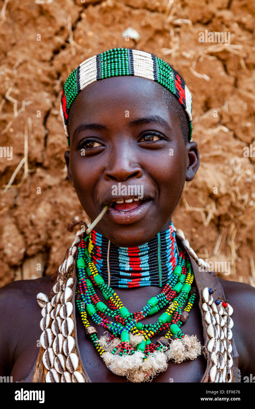 136 Young woman from Hamar tribe