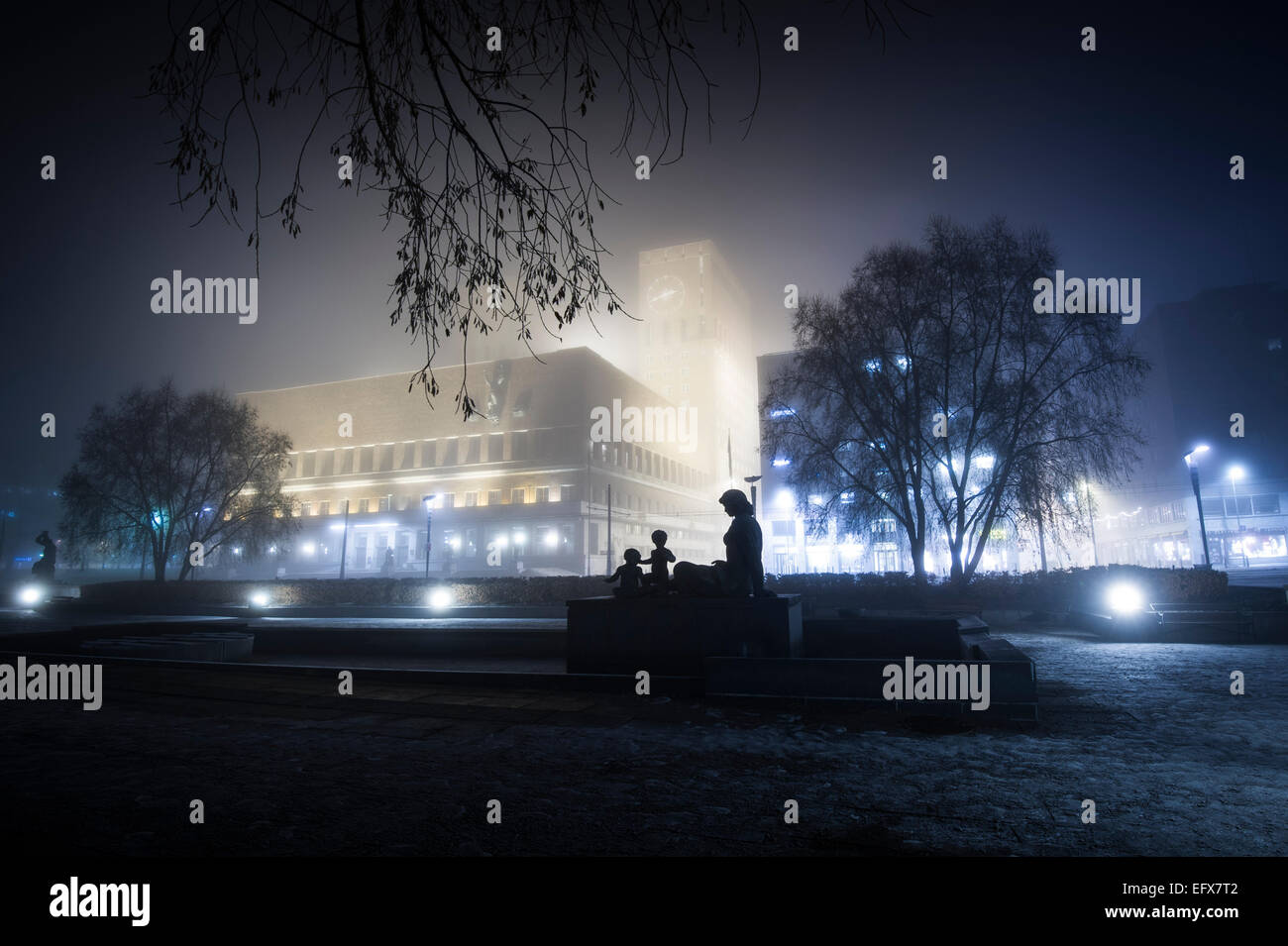Nightphoto of The city hall square in Oslo, Norway. - Stock Image